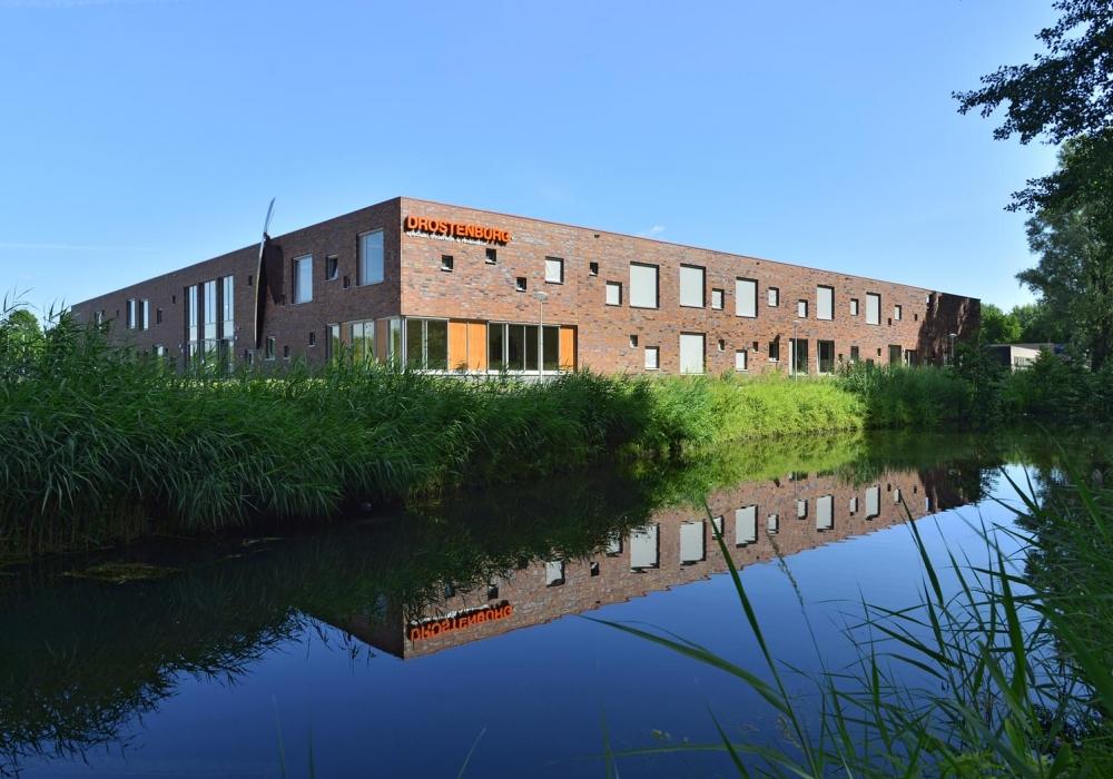 Van zonne-energie tot beveiliging – Drostenburg, Mytylschool